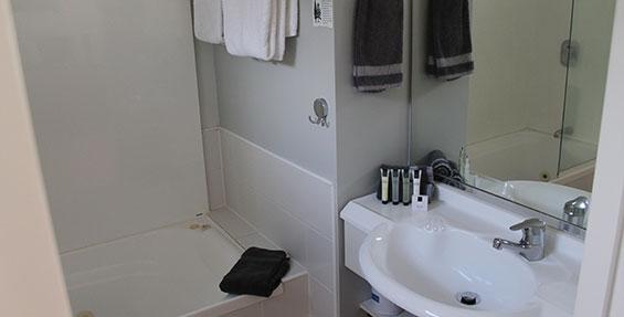 ensuite tiled bathroom