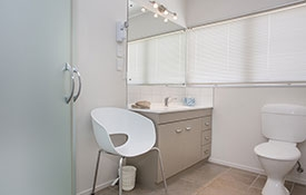 spotless clean bathroom of Family apartment