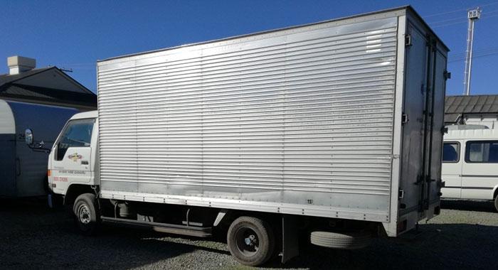 hire big trucks