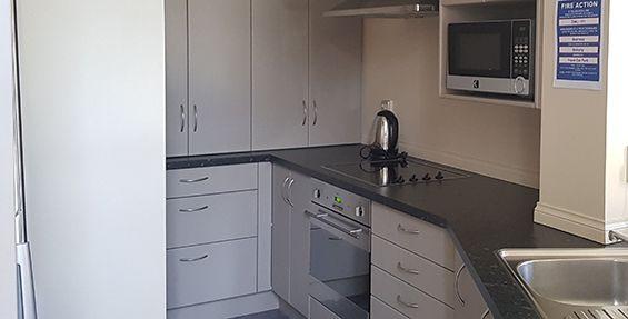 2-bedroom apt (f) kitchen