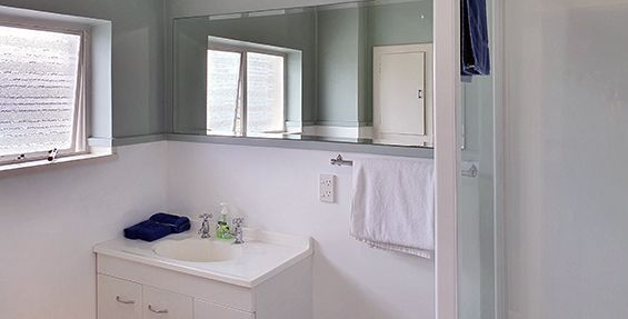 2-bedroom apt (10) bathroom