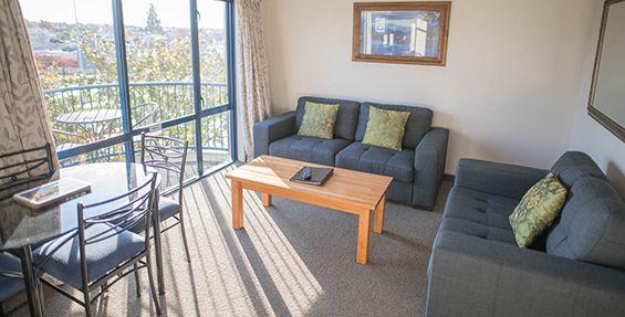 2-bedroom suite lounge