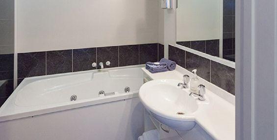 2-bedroom suite bathroom