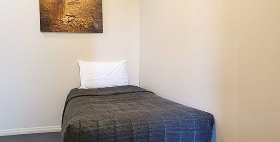 2-bedroom apt (f) bedroom