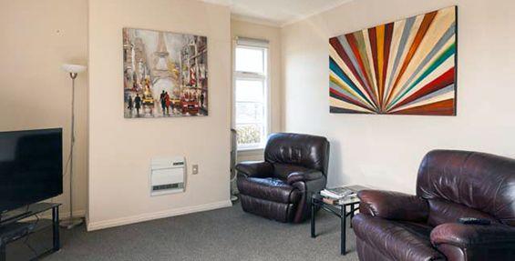 2-bedroom apt (d) lounge