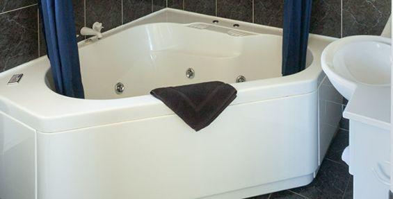 studio spa bath