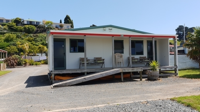 Waterfront Accommodation Kawhia