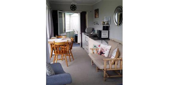 studio room kitchen