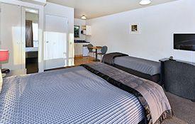 access studio unit single bed