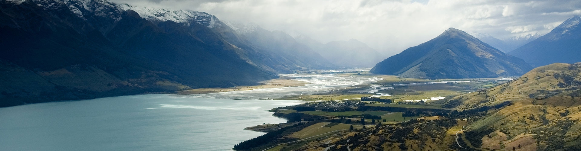 beautiful views of Glenorchy town