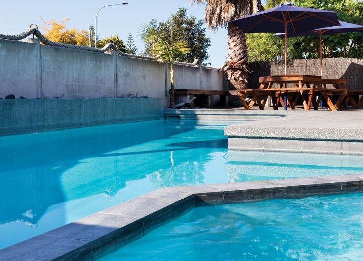 heated spa pools