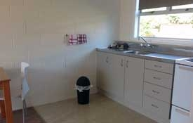 full kitchen facilities available in Studio unit