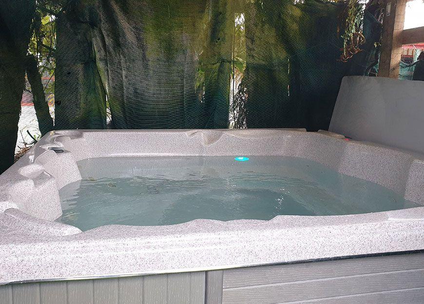 free spa pool