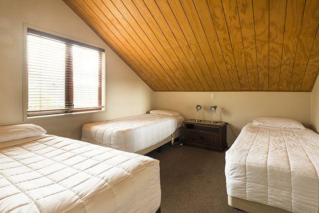 Glenfern Villas Dinning room