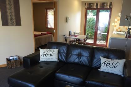 1-Bedroom Executive Honeymoon Suite