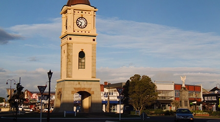 close accommodation to town centre, beside the clock tower