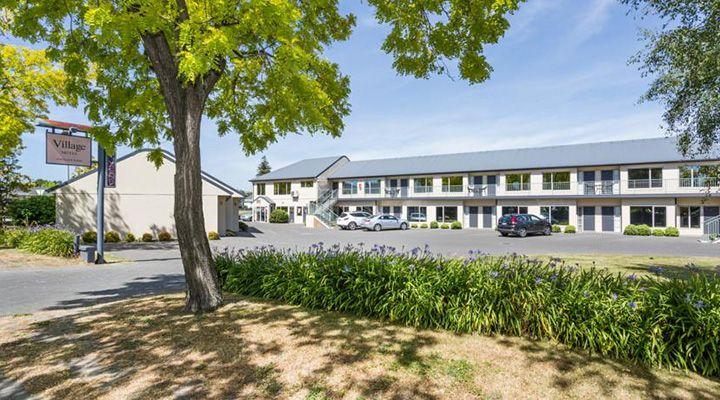motel set on a large land area