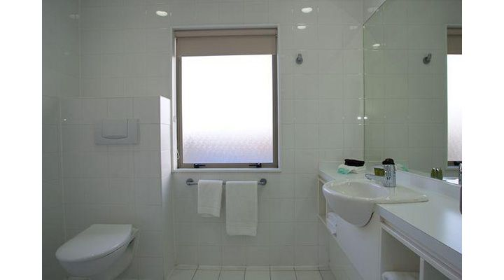 fully tiled private bathrooms
