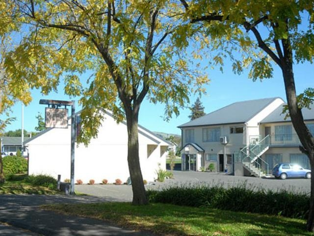 enjoy our village style motel in Havelock North