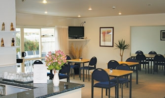fully licensed Gisborne restaurant