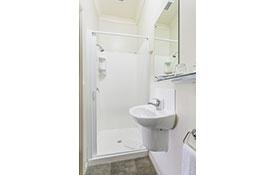 bathroom of executive super king studio