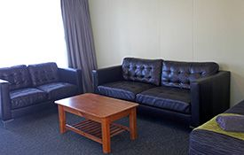 2-bedroom apartments - lounge