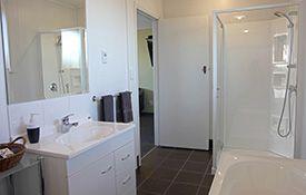 2-bedroom apartments - bathroom
