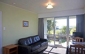 1-bedroom apartment - lounge area