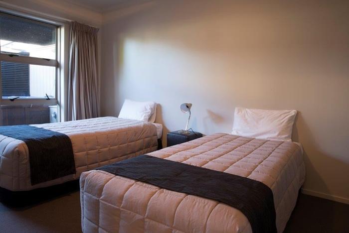 1-bedroom spa suite