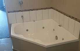1-bedroom unit spa bath