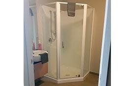 studio unit shower