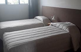 2-bedroom unit single beds