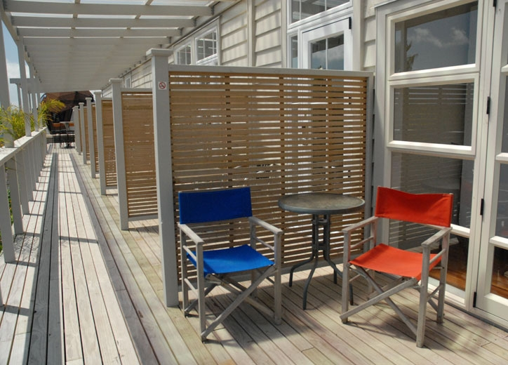 beautiful sunny decks with north-facing rooms