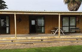 budget kitchen cabins
