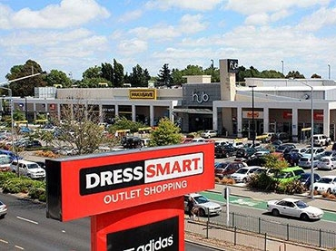 Dress-Smart Outlet Centre