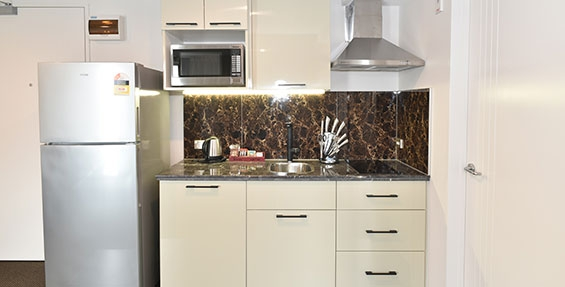 kitchen facilities of Access Studio include hobs and microwave oven