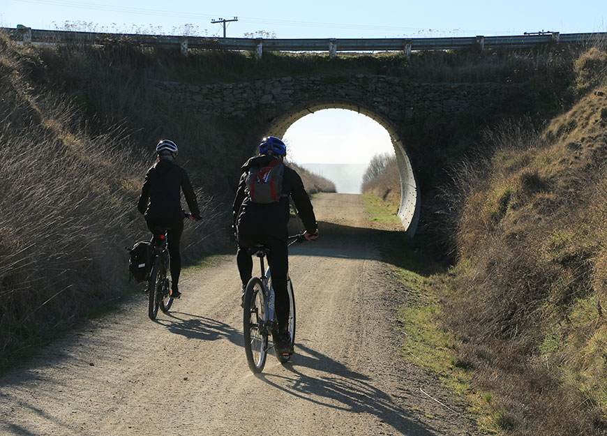 thousands of cyclists ride the Otago Central Rail Trail every year