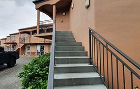 fully self-contained 1-Bedroom Suites