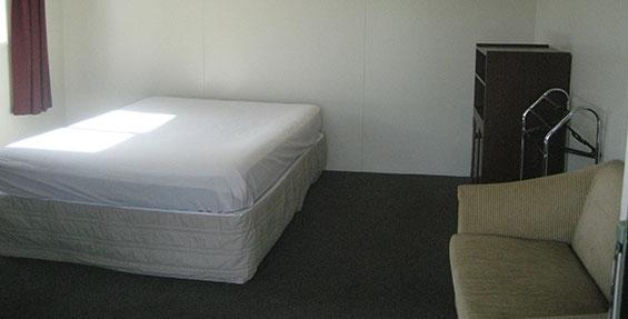 1-room cabin - bed